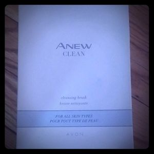 Anew Cleansing brush
